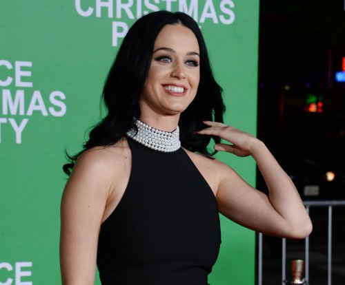 Katy Perry, Orlando Bloom celebrate Christmas with Perry's family