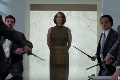 Sigourney Weaver threatens Marvel heroes in final 'Defenders' trailer