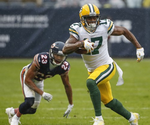 Green Bay Packers' Davante Adams vents on social media, Panthers' Thomas Davis responds
