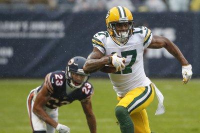 Green Bay Packers' Davante Adams vents on social media, Panthers' Thomas Davis responds