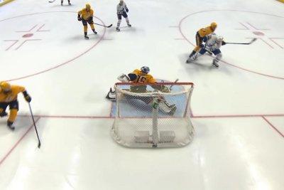 Nashville Predators' Pekka Rinne sprawls for Save of the Year candidate