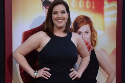 Allison Tolman, Nick Frost land leads in 'Why Women Kill' Season 2