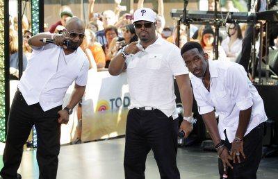 Boyz II Men to extend Las Vegas residency through 2015