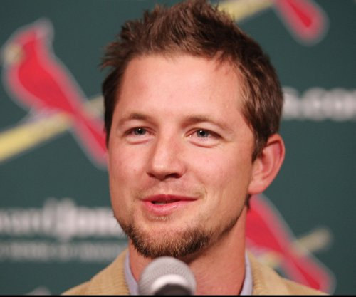 St. Louis Cardinals sign RHP Mike Leake to $80M deal
