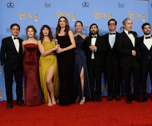 'Mozart in the Jungle,' 'Mr. Robot' win big at the Golden Globes