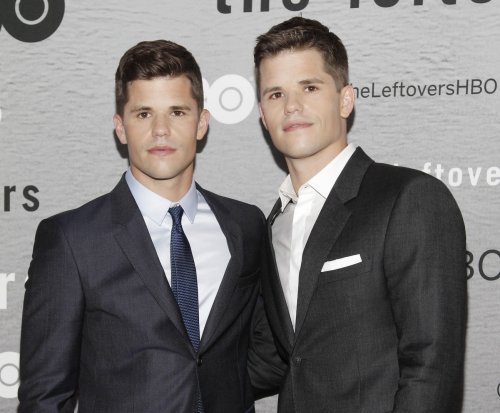 Charlie Carver of 'Teen Wolf' comes out as gay