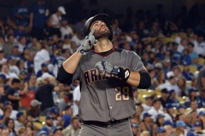 Arizona Diamondbacks' J.D. Martinez hits four homers in rout of Los Angeles Dodgers