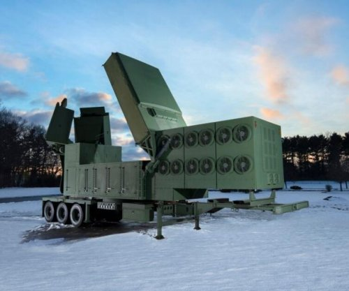 Raytheon completes first antenna array for anti-hypersonic sensor