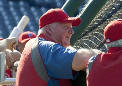 Phillies fire Manuel, name Sandberg interim manager