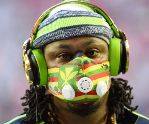 Cardinals LB Larry Foote slams Marshawn Lynch for setting poor example for kids