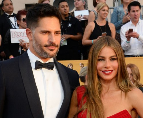 Sofia Vergara, Joe Manganiello may elope, says Julie Bowen
