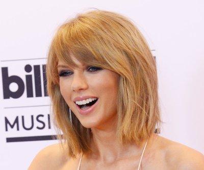 Taylor Swift, Calvin Harris do lunch with Ed Sheeran