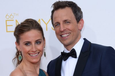 Seth Meyers and wife Alexi Ashe welcome son