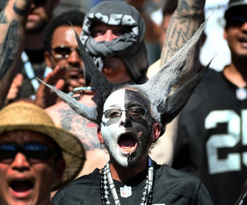 Ronnie Lott-led investors fighting to keep Raiders in Oakland