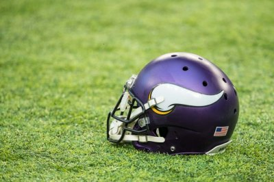 Zimmer says Viking DE Griffen out until at least Week 6