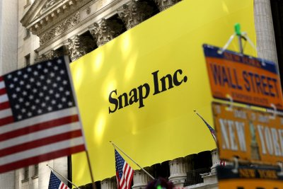 Snap adds former Amazon, Huffington Post executives for business, strategy positions