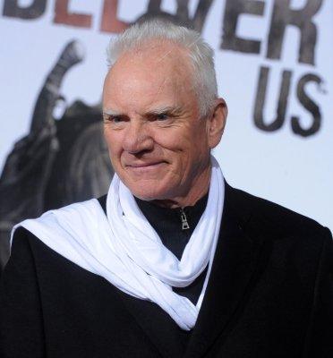 Henner, McDowell join 'Vamps' cast