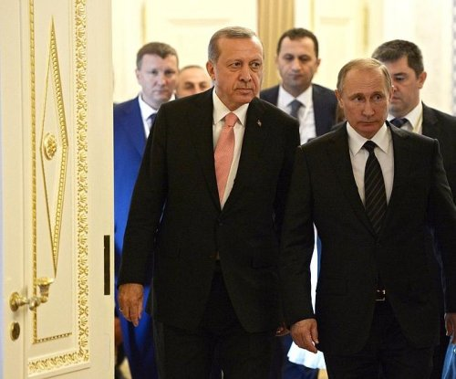 Turkey, Russia seek to establish military, intelligence ties