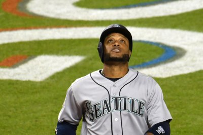 Robinson Cano powers Seattle Mariners past Chicago White Sox