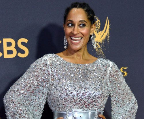 Tracee Ellis Ross announced as host of 2017 American Music Awards