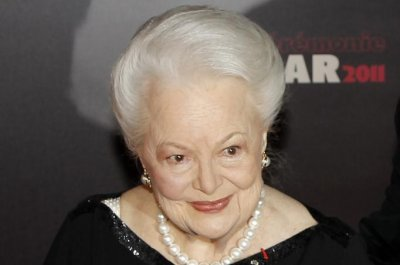 Olivia de Havilland's 'Feud' lawsuit thrown out in appeals court