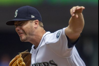 Mariners face Orioles, try to improve playoff odds