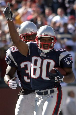 Patriots WR Troy Brown retires