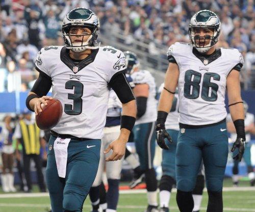 Philadelphia Eagles try to keep playoff hopes alive