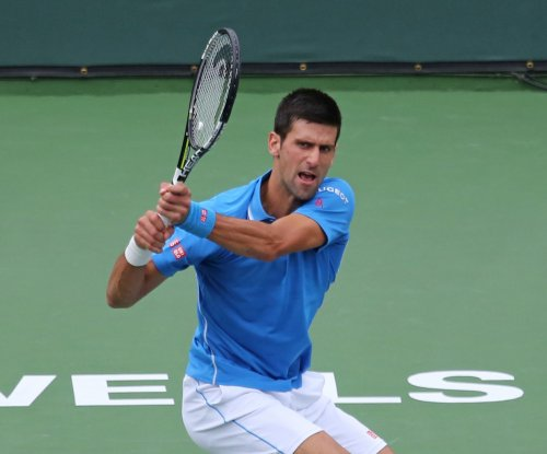 Djokovic reaches 4th round in Miami