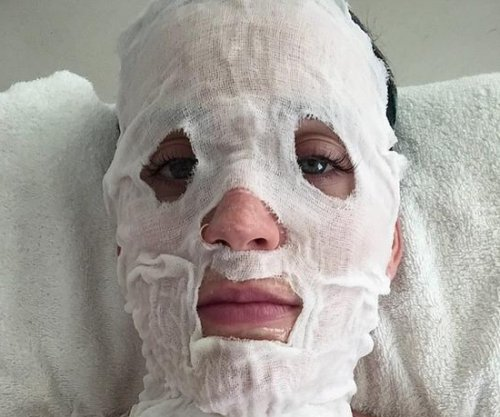 Katy Perry shares strange beauty routine photo