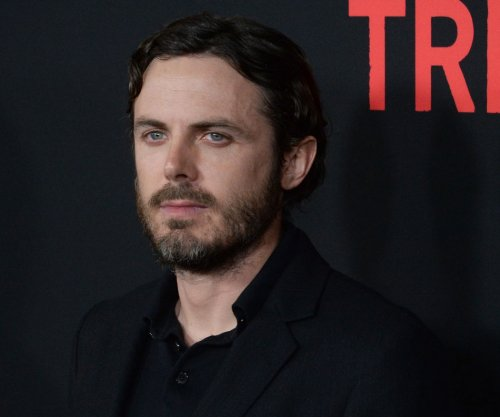 Casey Affleck butts heads with Stephen Colbert in awkward interview
