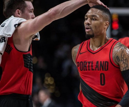 Damian Lillard leads late rally in Portland Trail Blazers' win over Miami Heat