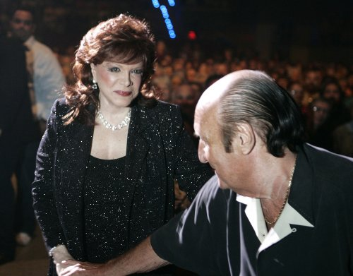 Singer Connie Francis hospitalized
