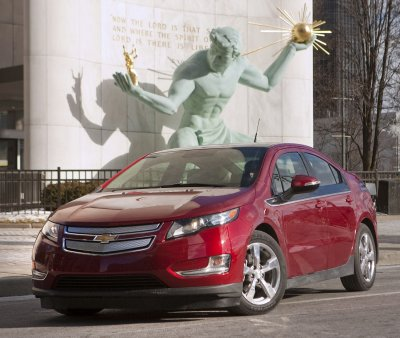 GM charges up Volt production