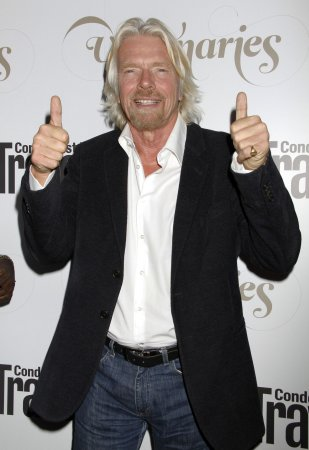 Richard Branson promises to take family to space in 2014