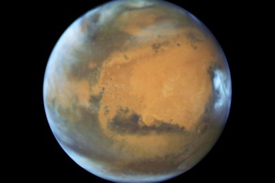 SpaceX CEO Elon Musk shares plan to colonize Mars