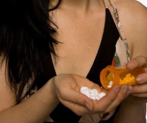 CDC: U.S. opioid prescriptions fall, but numbers still high