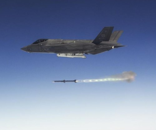 Raytheon to provide AMRAAM missiles for foreign military sales