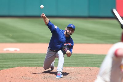 Chicago Cubs' Tyler Chatwood waits his turn, gets start against Pittsburgh Pirates