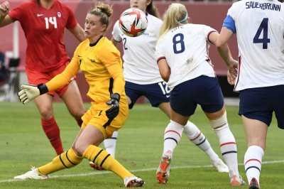 Alex Morgan 'devastated' by U.S. soccer loss, Alyssa Naeher out for bronze medal game