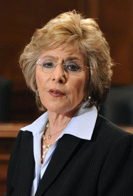 Boxer, Fiorina spar in debate for Senate
