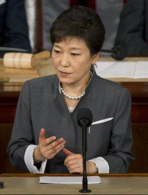 South Korea President Park: 'North Korea should sincerely come forward for dialogue'