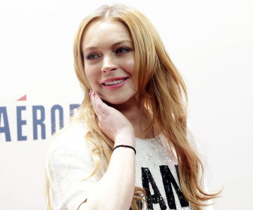 Lindsay Lohan completes community service requirement