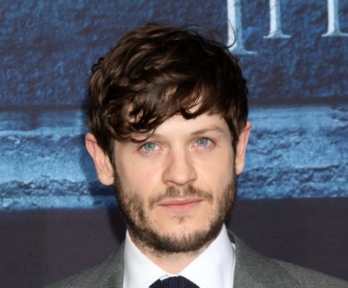 Iwan Rheon says Ramsay 'deserves' to die on 'Game of Thrones'