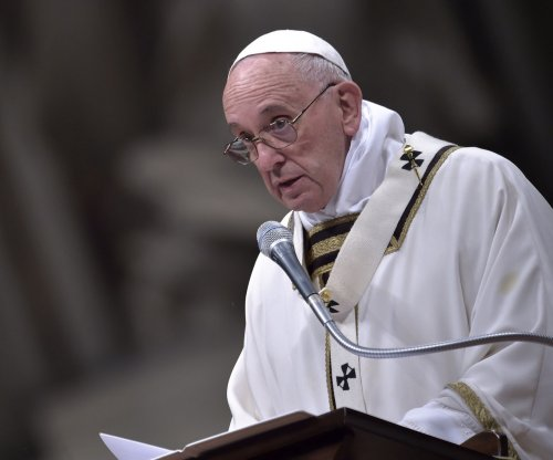 Pope creates commission to study ordination of women as deacons
