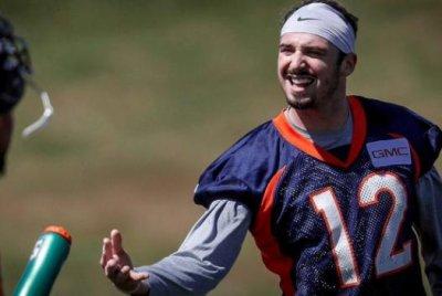 Denver Broncos camp: Trevor Siemian, Paxton Lynch in tight QB race