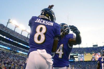 Lamar Jackson leads Ravens in comeback win vs. Dolphins