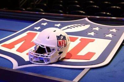 NFL notebook: Bucs' Vea will not play vs. Steelers