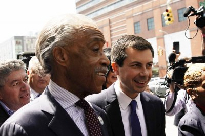 Buttigieg plan aims to topple economic hurdles for black Americans