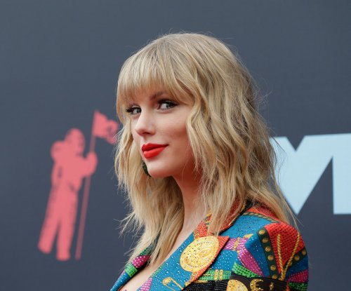 Taylor Swift's 'Lover' tops the U.S. album chart